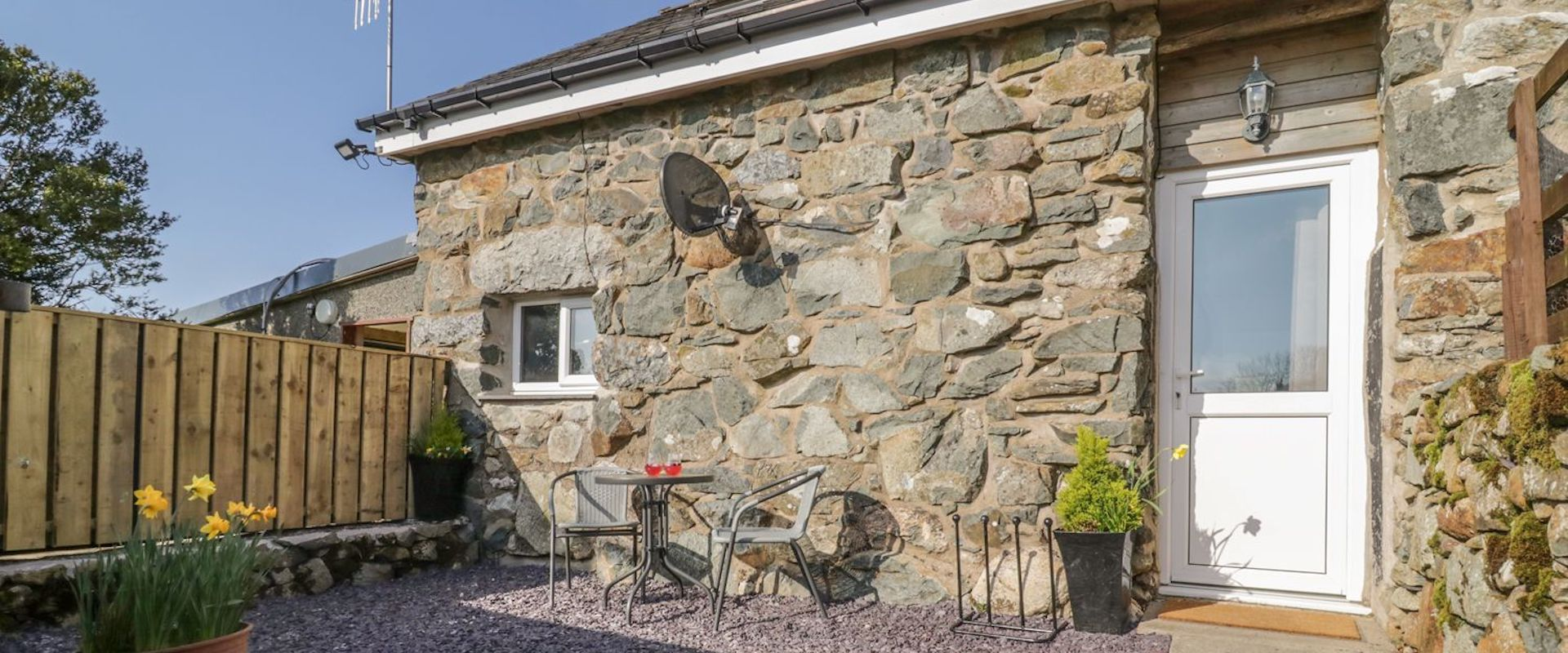 Beudy Isaf Holiday Cottage